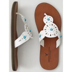 AEO | White Studded Medallion Flip Flip Sandals